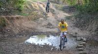 Biking Day Tour in Bandhavgarh
