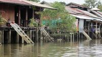 Evening Trip to Amphawa Floating Market from Hua Hin or Cha-Am