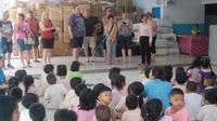 Private Tour: Explore the Klong Toei Slum of Bangkok