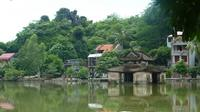 Private Tour: Thay and Tay Phuong Pagoda