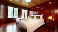 Halong Bay 2-day Royal Palace Cruise