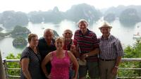 Full-Day Small Group Halong Bay Islands and Caves Tour with Seafood Lunch from Hanoi