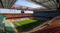 Private Tour: San Siro Stadium and Modern Milan Sightseeing
