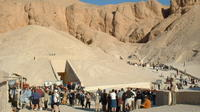 Private Day Tour: West and East Bank, Valley of Kings, Hatchepsuit, Colossi of Memnon, Karnak and Luxor Temples