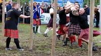 Braemar Highland Games from Edinburgh