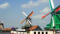 Private Day Trip from Amsterdam to Zaanse Schans Windmills and Volendam