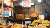 Private Old Delhi Walking Tour and New Delhi Sights With Rickshaw Ride
