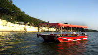 Udaipur City Private Tour with Lake Pichola Cruise and Lunch