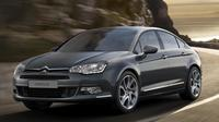 Departure Private Transfer: Hotel to Minsk Airport by Sedan Car Private Car Transfers