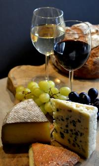 Wine and Cheese Pairing Class in Paris