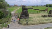 Rome on Two Wheels: Appian Way and Aqueducts Park Bike Tour
