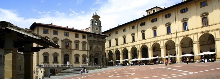 Top Arezzo Walking & Biking Tours