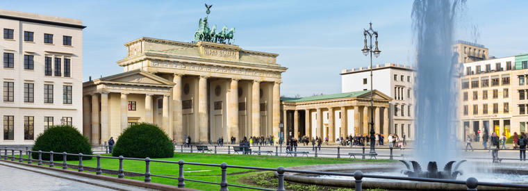 Top Berlin Bus & Minivan Tours