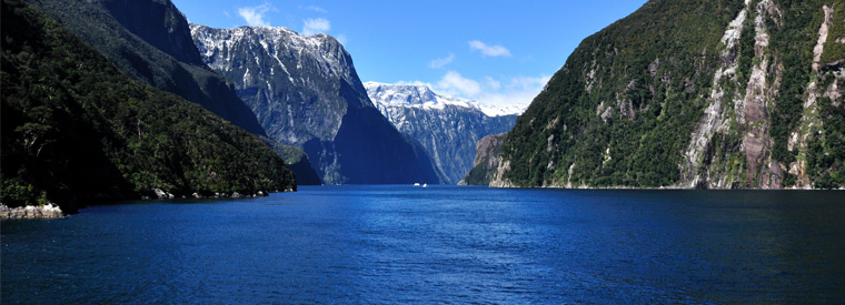 South Island Bus & Minivan Tours