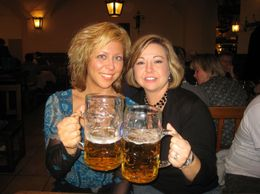 You just gotta love the BIER!!! One liter at a time....., Lee E - November 2008