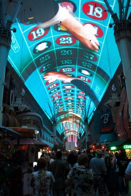 Checking out the strange overhead light experience in Fremont Street, downtown Las Vegas., Jeff - May 2008