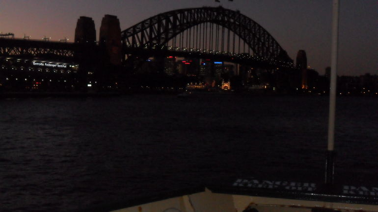 Syndney Harbor Bridge - Sydney