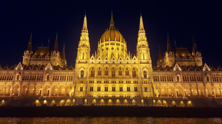 Budapest Evening Sightseeing Cruise