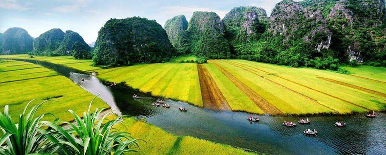 Hoa Lu Tam Coc Full-Day DELUXE Tour Including BUFFET LUNCH & River Boat Ride photo 30