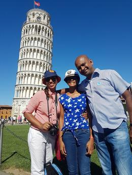 Leaning tower of pisa , Heshani S - September 2016