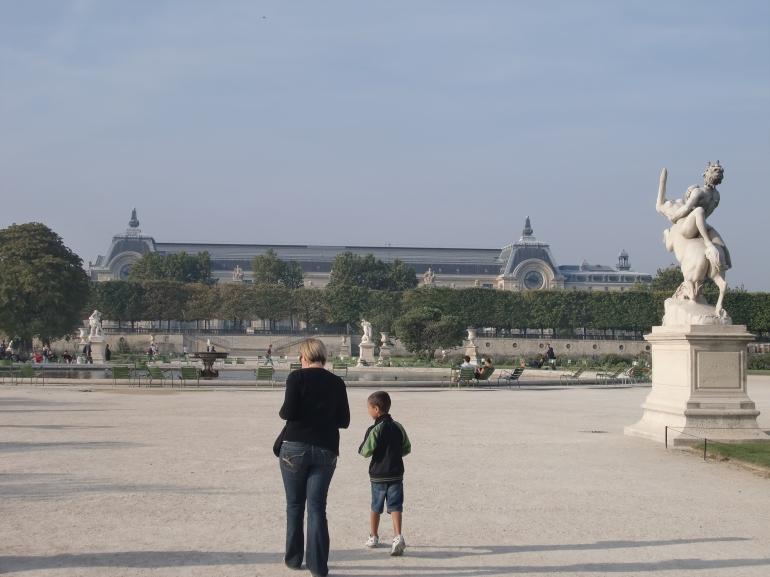 Paris 2 038 - Paris