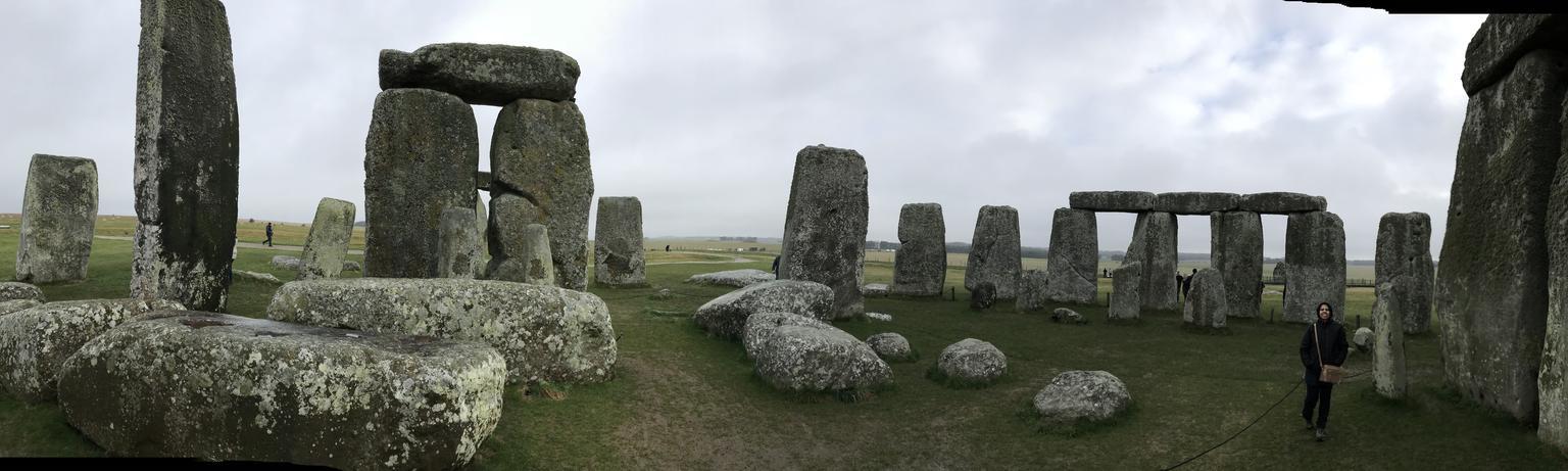 MAIS FOTOS, Acesso ao círculo interno de Stonehenge, incluindo excursão diurna em Bath e Lacock, saindo de Londres