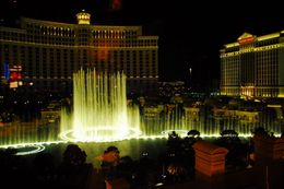 Las Vegas Night Tour. Fountain show outside the Bellagio hotel on the Vegas Strip, Jeff - May 2008