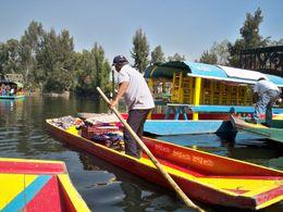 Xochimilco (a vendor on a canoe) , hilda1295 - December 2011