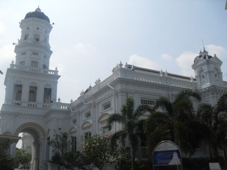 Sultan Abu Bakar Mosque - Singapore