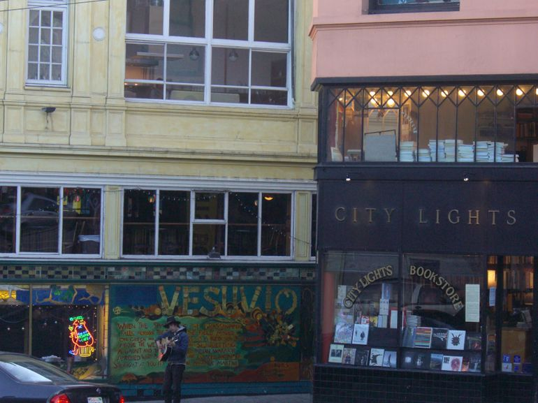 Vesuvio Bar and City Lights Booksellers, North Beach - San Francisco