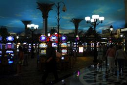 Inside the Paris casino., Jeff - May 2008