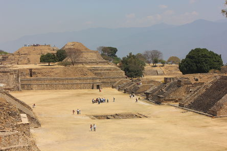 The Mysterious Flattened Mountaintop of Monte Alban, and its Ancient Pyramid City Monte-alban-photo_7883782-fit468x296