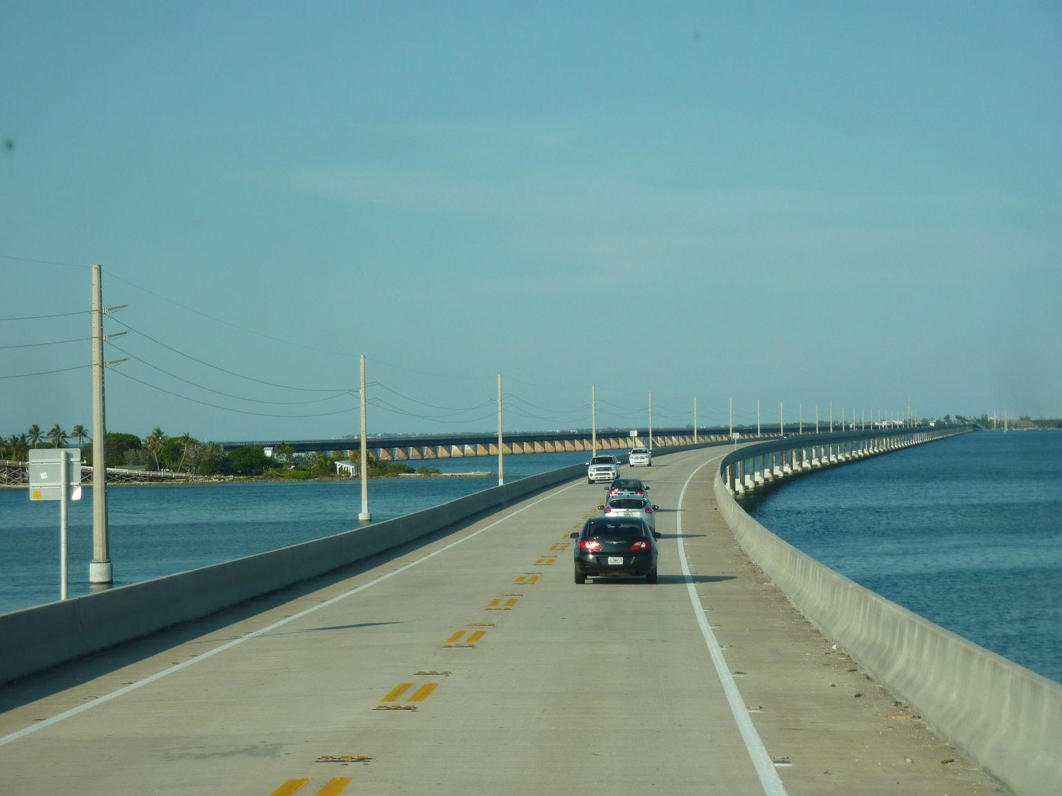 MAIS FOTOS, Viagem diurna a Key West com bonde, trem ou atividades aquáticas