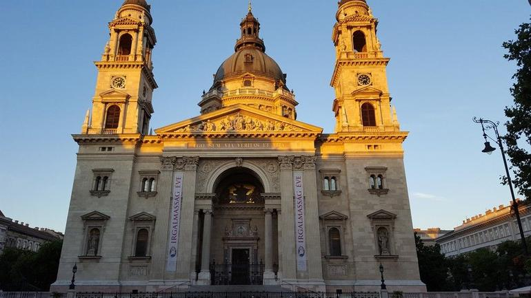 Budapest Evening Walking Tour with optional Danube River Cruise photo 27
