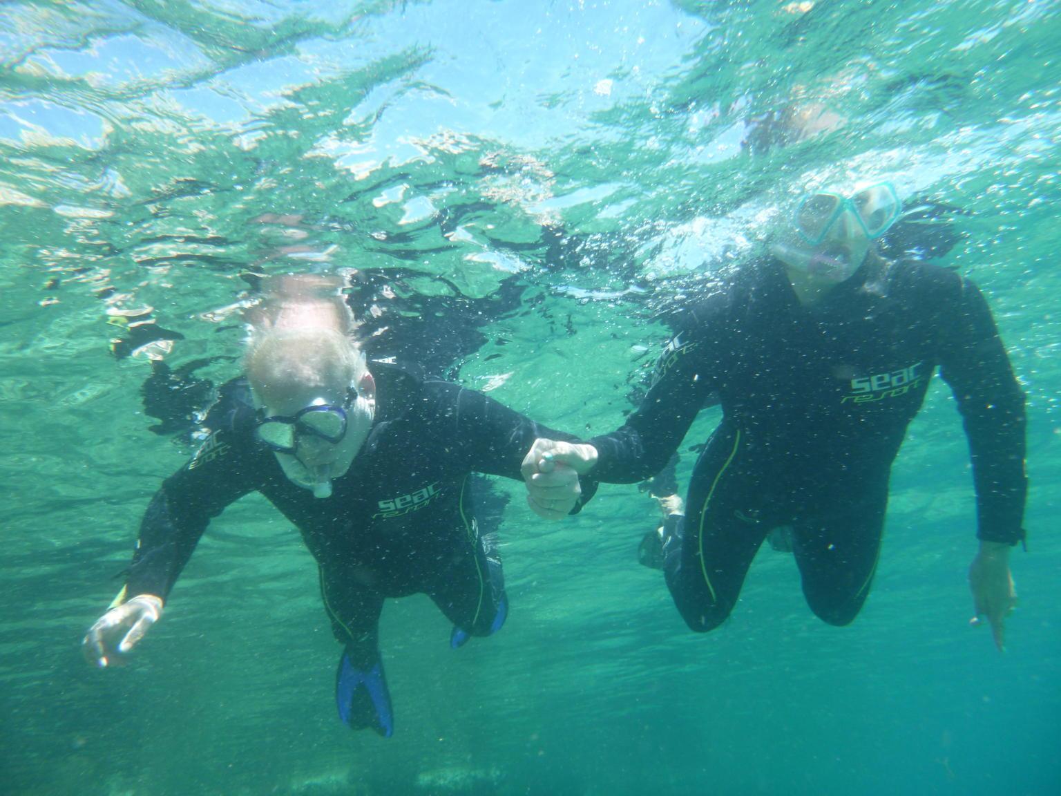 MÁS FOTOS, Travesía en barco y buceo de superficie desde La Canea