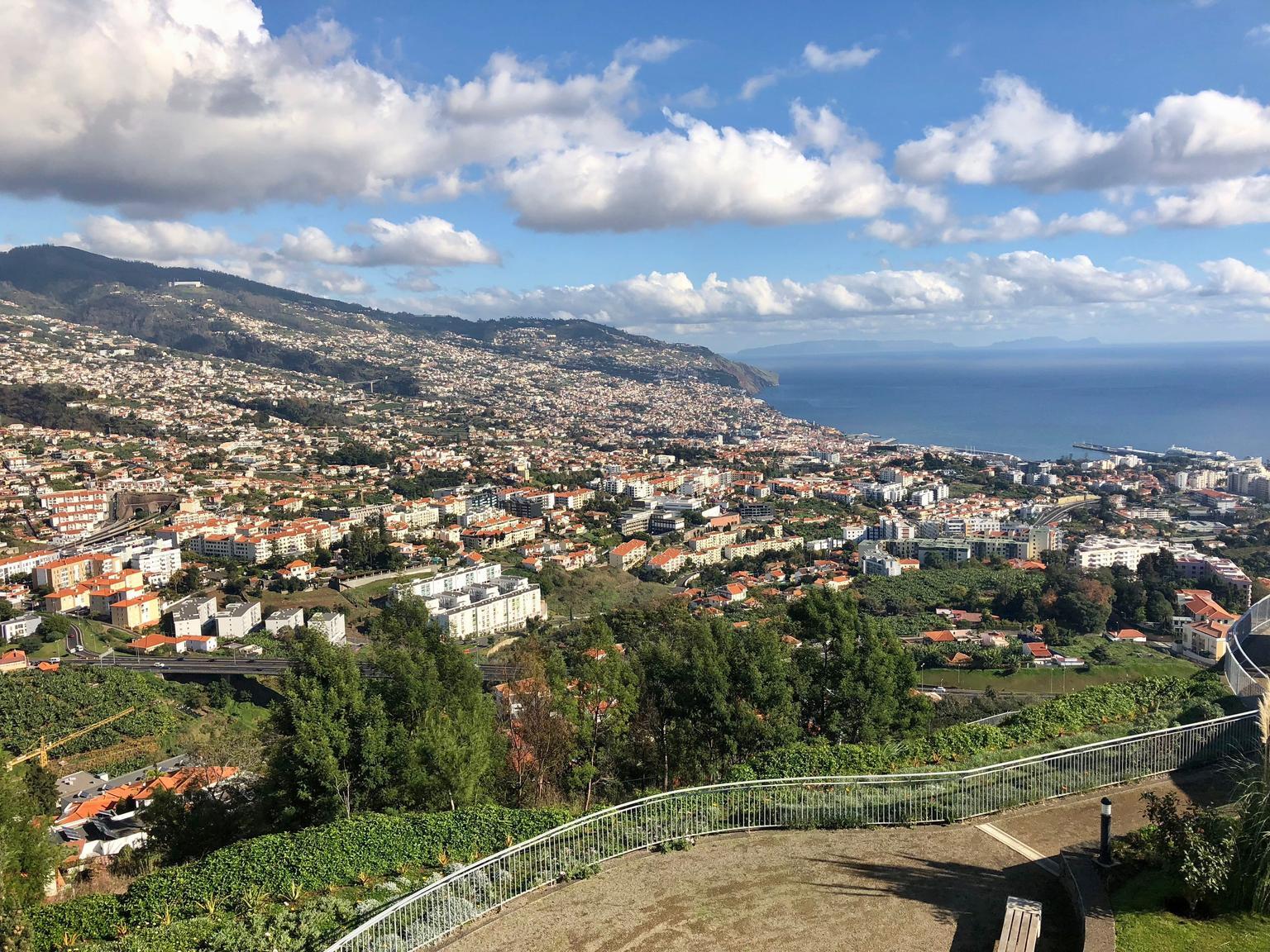 MÁS FOTOS, Tour en autobús con paradas libres por la ciudad de Funchal