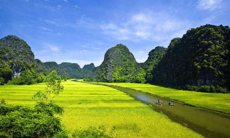 Hoa Lu Tam Coc Full-Day DELUXE Tour Including BUFFET LUNCH & River Boat Ride photo 39