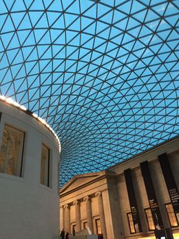 The entravce of the British Museum , Wolf - November 2015
