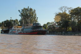 Una de las tantas fotos sacadas desde el catamaran. , Silvia G O - April 2012