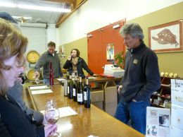 Chatting with the winemaker, Chris Loxton at Loxton Winery., Kelly G - February 2010