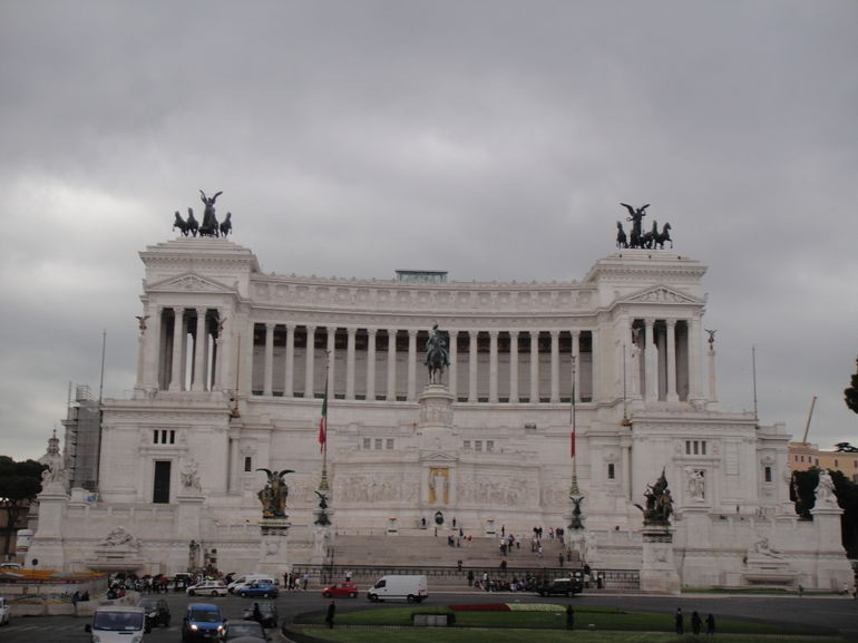 Rome Hop-on Hop-off Tour - Rome