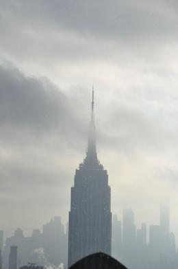 Cloudy morning among the Empire State Building ! , FRANCOIS W - January 2017