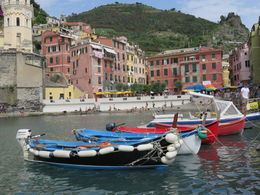 Beautiful day in Vernazza! , Carlos A A - July 2015
