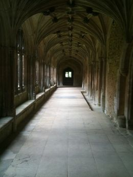 This hallway was a Hogwarts location for the Harry Potter films., Dawn - September 2009