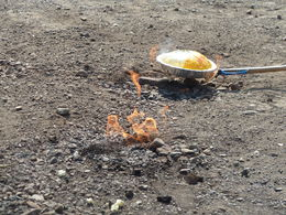 Cooking the popcorn with the fire emerge from underneath the ground , kanpatricia0 - March 2015