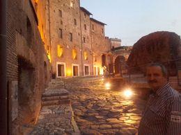 Stadtrundfahrt durch das nächtliche Rom , Bodo L - December 2015