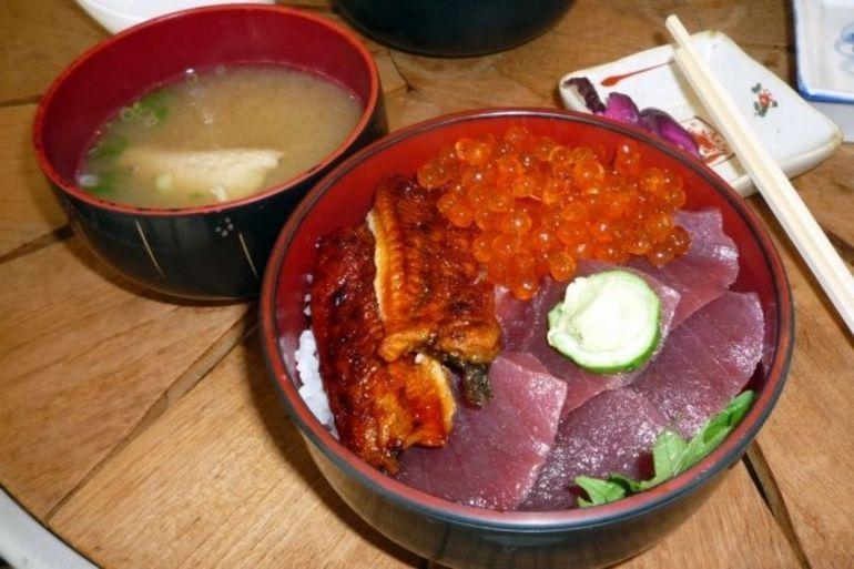 Yummy sashimi & unagi don - Tokyo