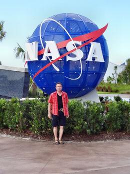 das bin ich und ich freue mich das ich im Kennedy Space Center war !! , Dieter M - September 2013