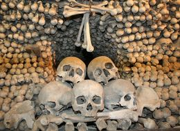 The skulls and bones of 40,000 people can be seen in the Kutna Hora ossuary, Hendrik H - May 2009