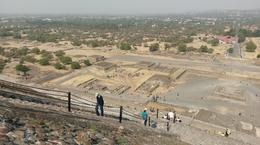 Viewing Teotihuacán from the Pyramid of the Sun , AlanP - April 2017